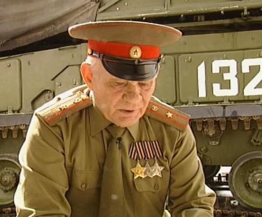 """...основу проекта фонда  """"Военные мемуары """", посвященного победе в Великой Отечественной войне 1941-1945 годов."""